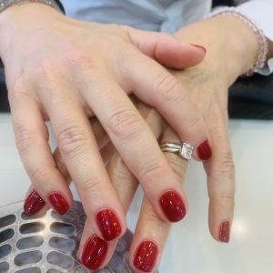dark red cnd shellac nails 3
